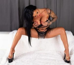 Ethelle midget escorts in Fridley